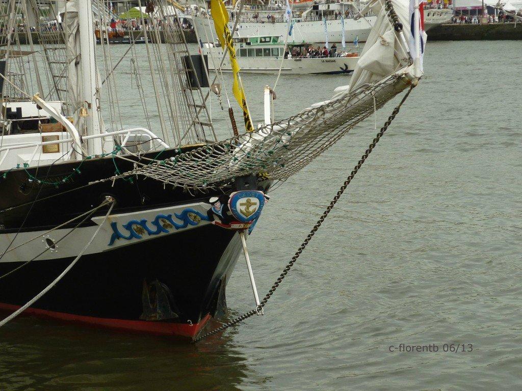 Armada 2013 > TS Royalist p1010090b